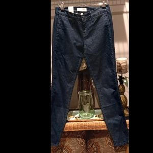 Henry and Belle Ideal Ankle Skinny Jeans. Size 26.